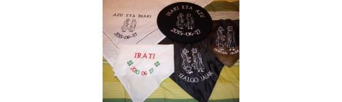 Txapelas y pañuelos